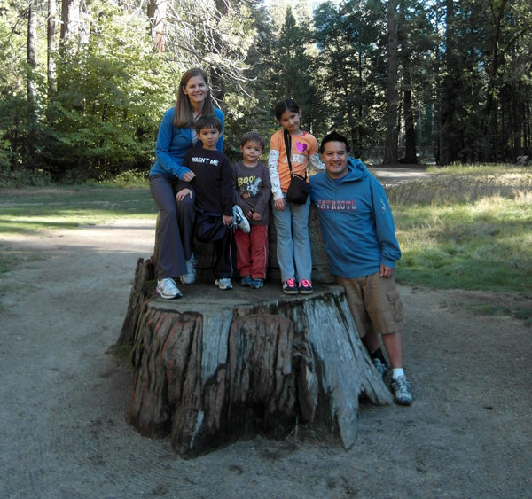 FollowGreg_Yosemite_FamilyPortrait